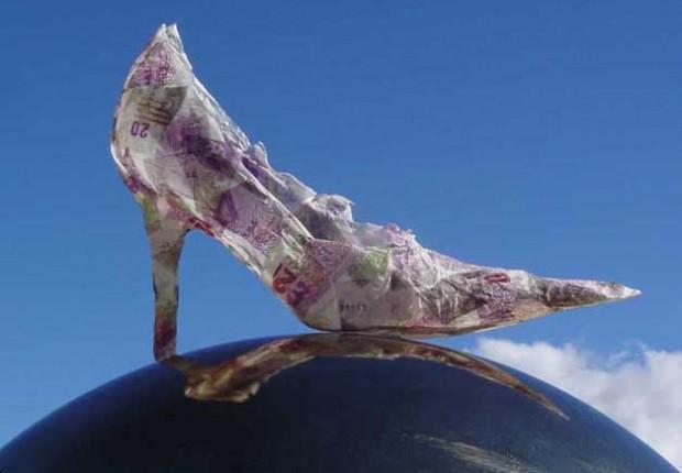 Anne Tilby money shoe